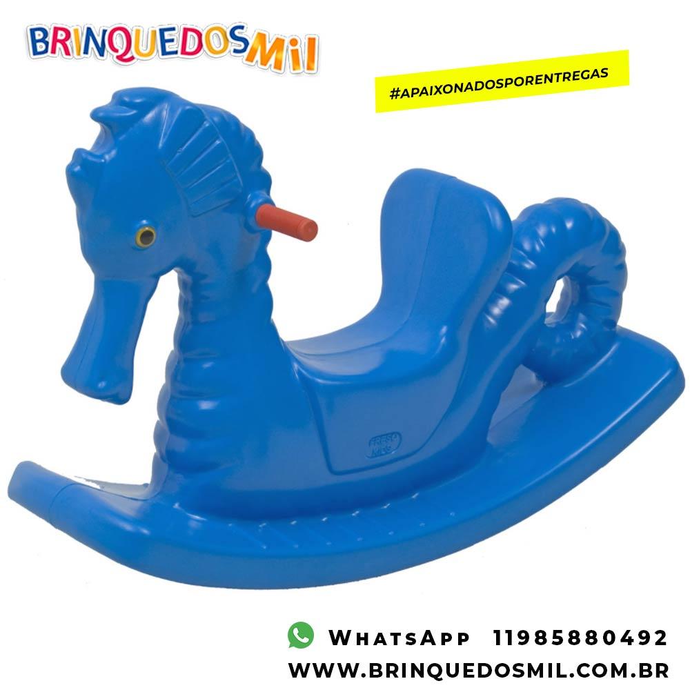 Gangorra Cavalo Marinho | 93cm x 69cm x 30cm | 1 criança