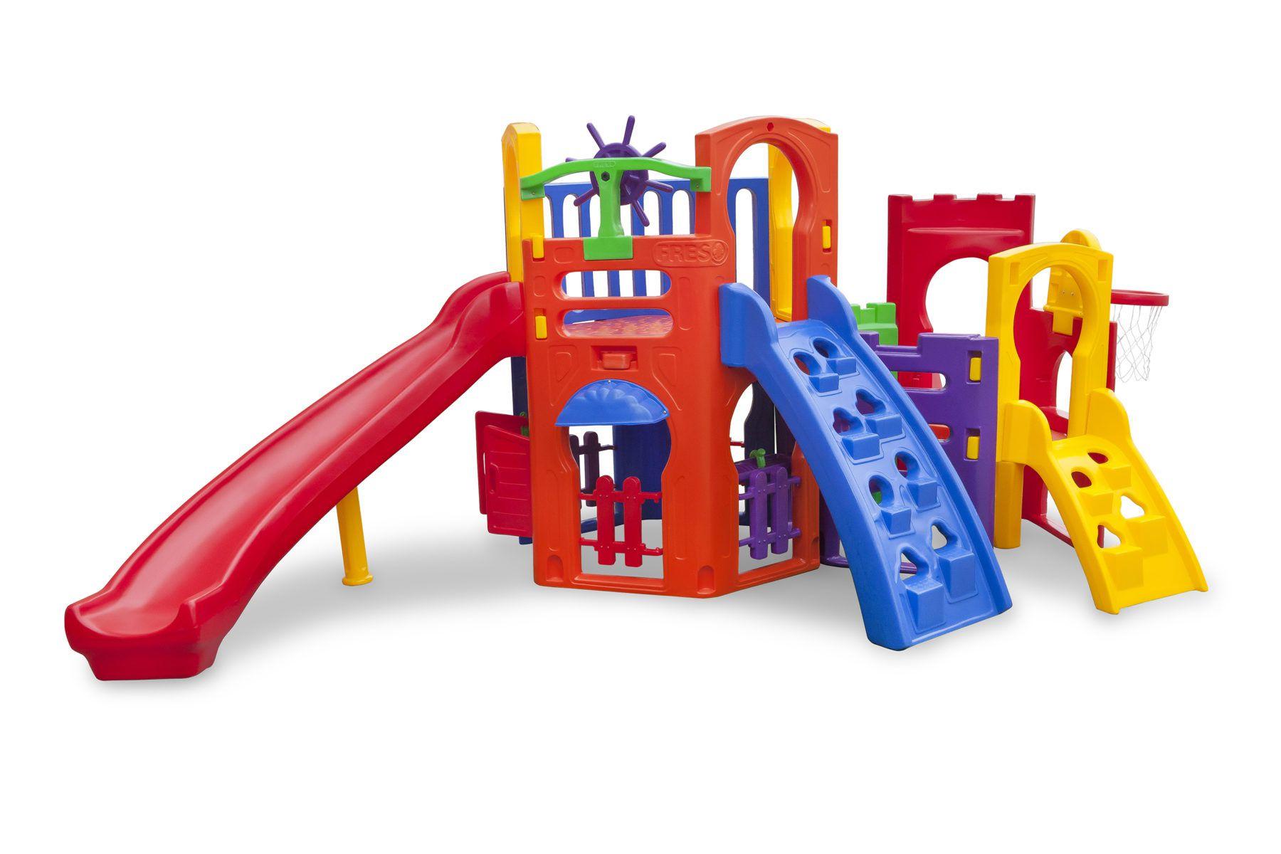 Playground Multiplay Petit + Play House | 4m50 x 3m05 x 1m85 | 1 a 12 anos