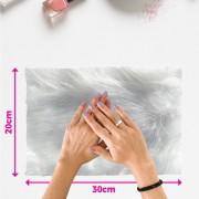 Tapete pelo alto para manicure - fundo de foto - branco