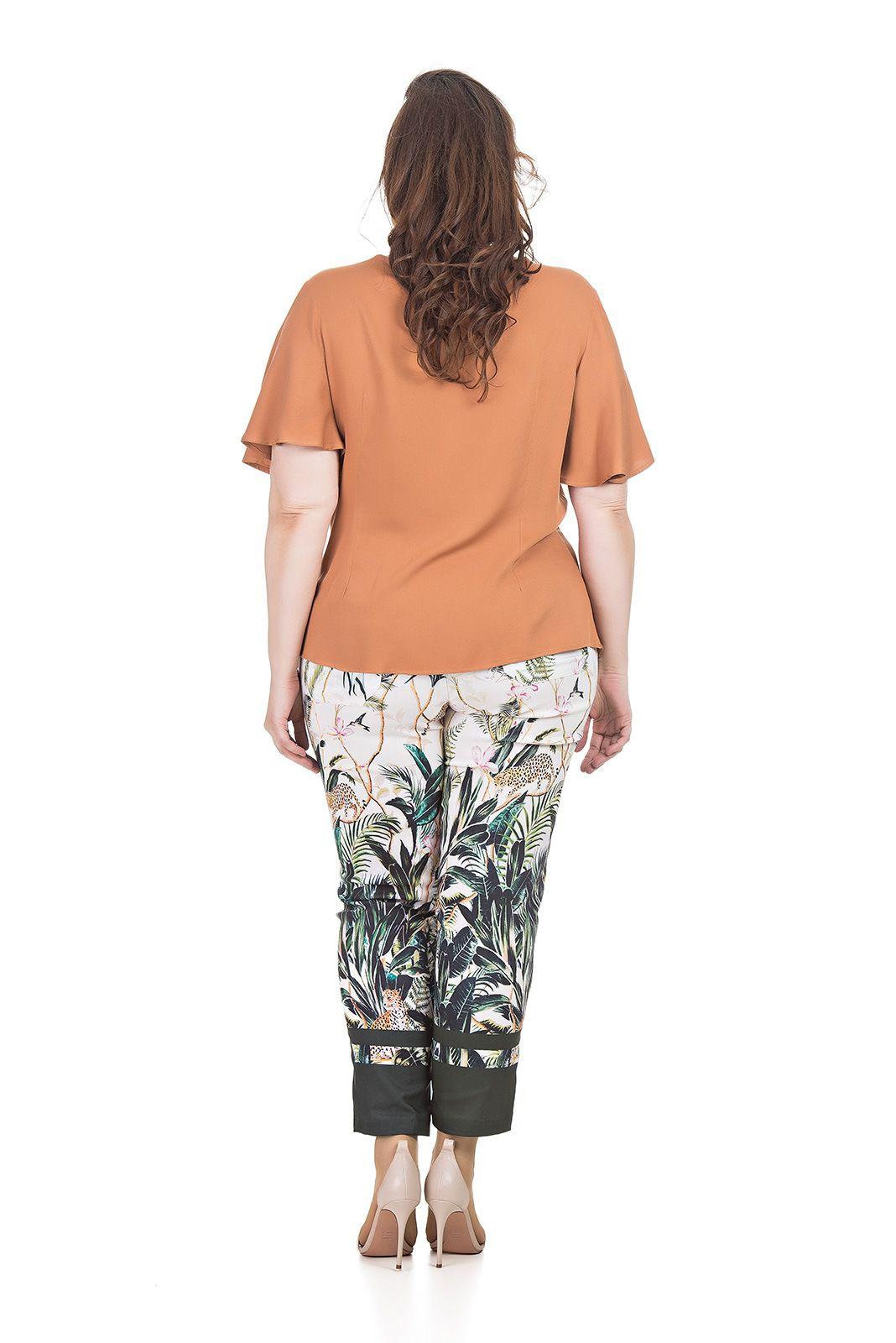Blusa com amarração, em viscose Plus Size