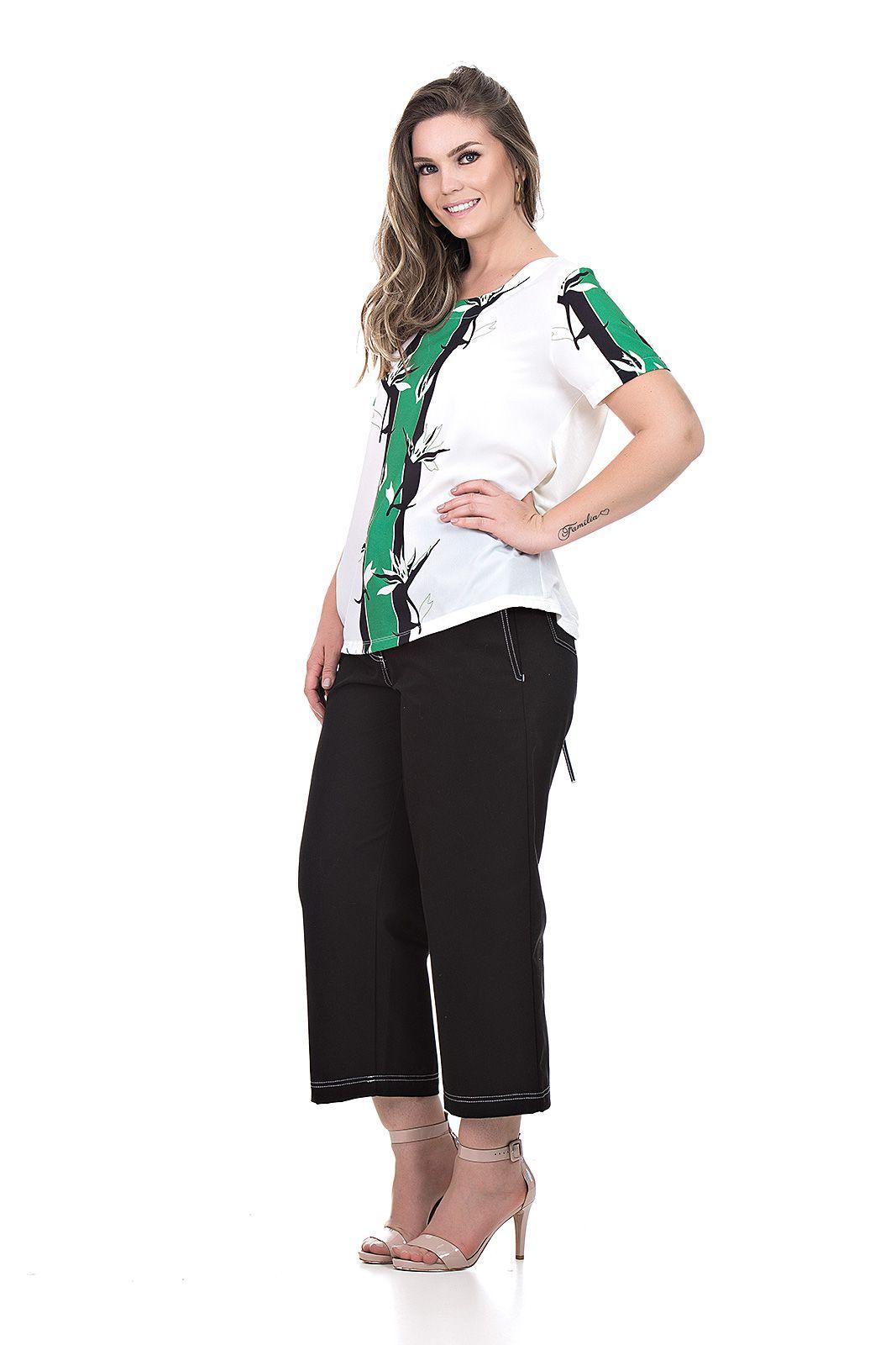 Blusa mangas e frente plano costas malha  plus size