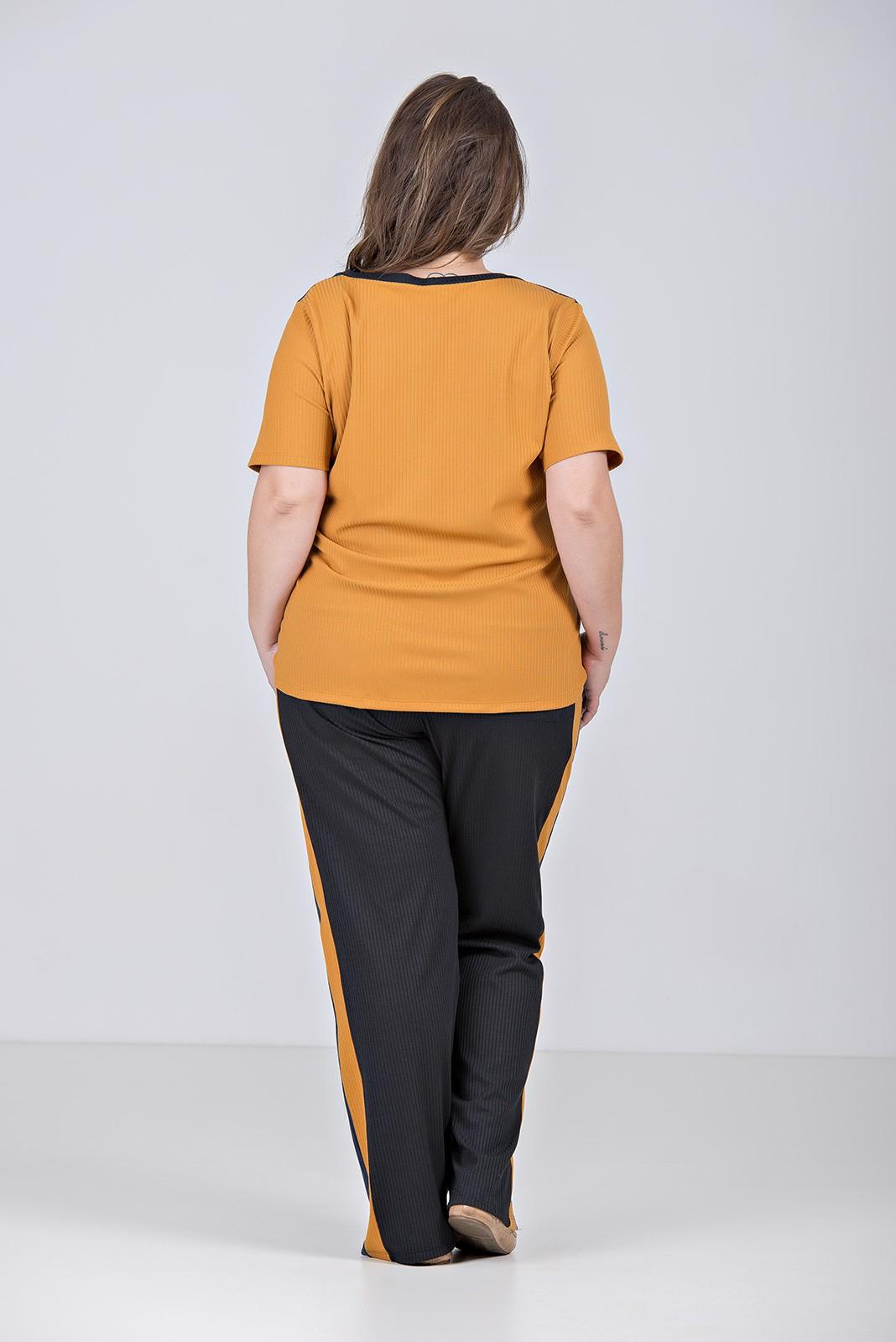 Conjunto Comfy Tricolor em Malha Manelada Com Elastano - Plus Size