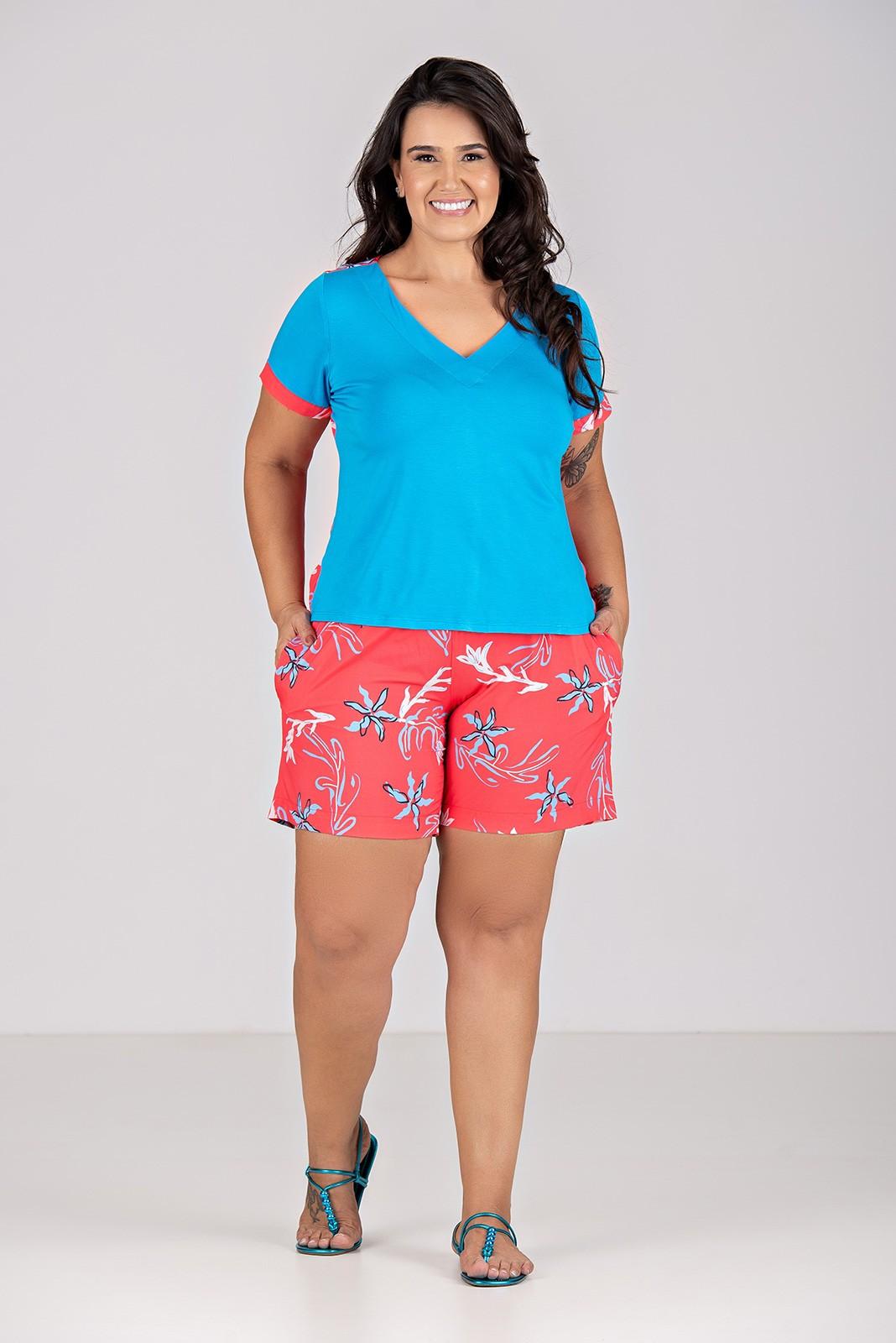 Conjunto de Blusa e Bermuda, em Malha, tecido Plano - Plus Size