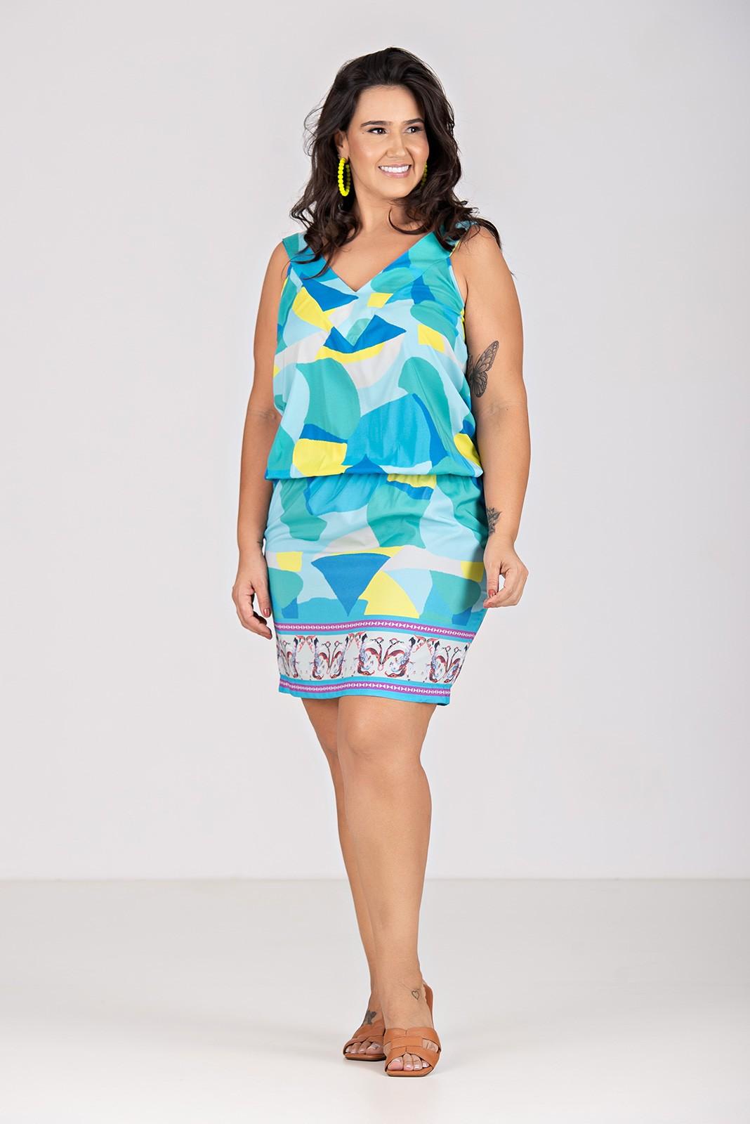 Vestido Blusê em Tecido com Elastano - Plus Size