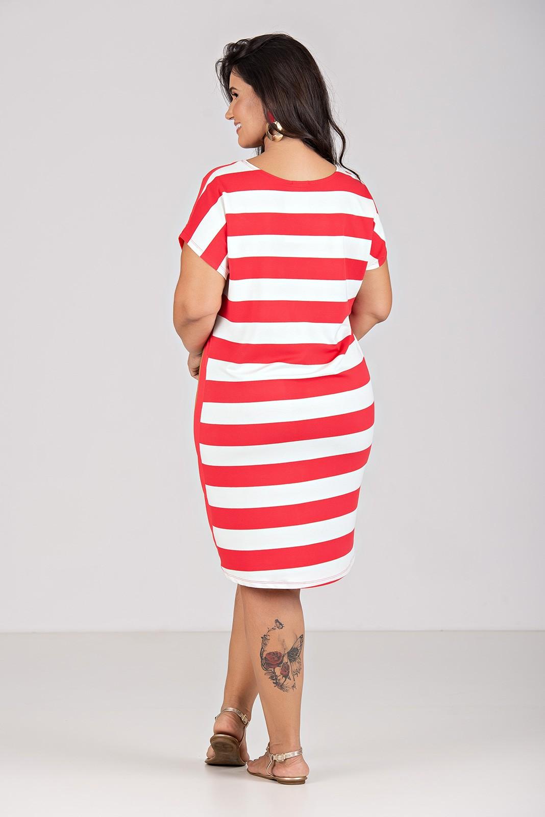 Vestido Com Estampa Localizada Com Moletinho - Plus Size