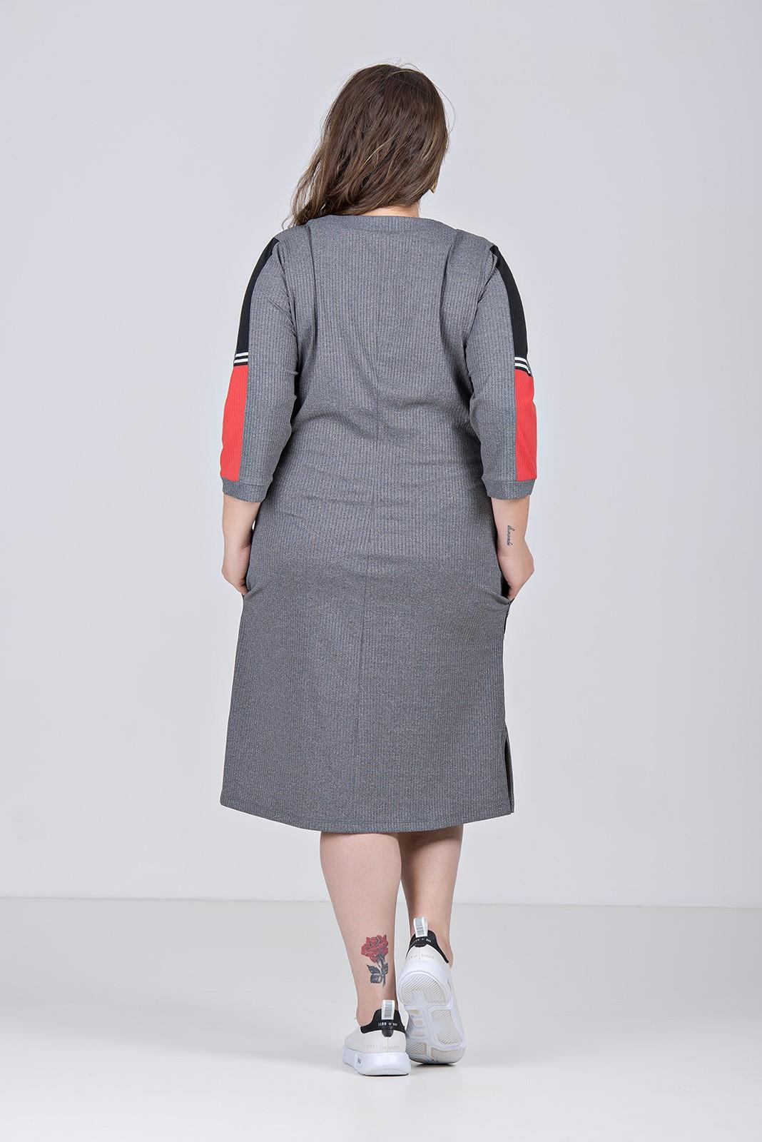 Vestido comfy de malha canelada com elastano e amarração - Plus Size