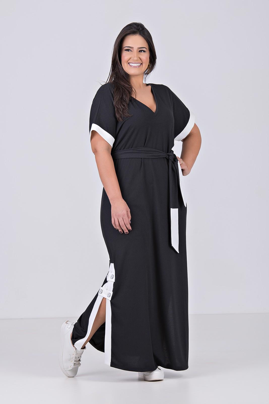 Vestido Comfy, Longo em Malha canelada - Plus Size