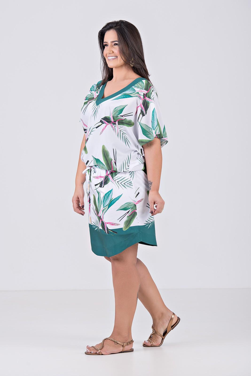 Vestido Curto Blusê em Tecido Com Elastano - Plus Size