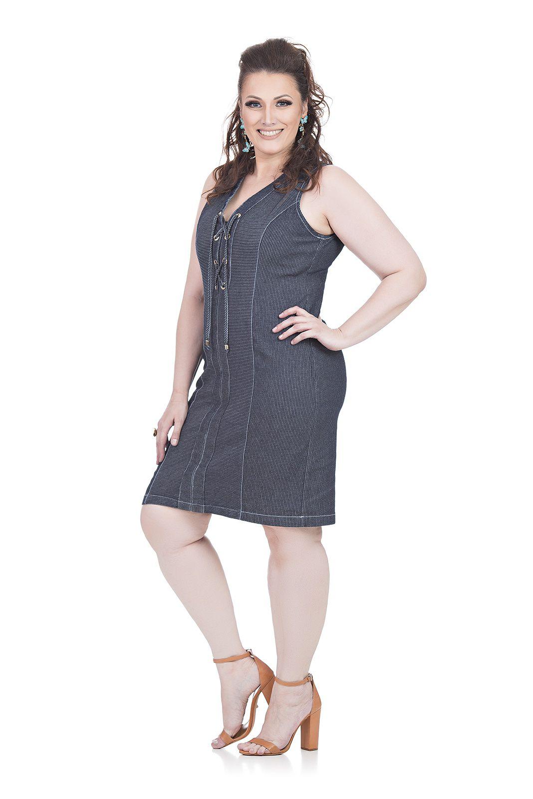 Vestido Curto Jeans Plus Size