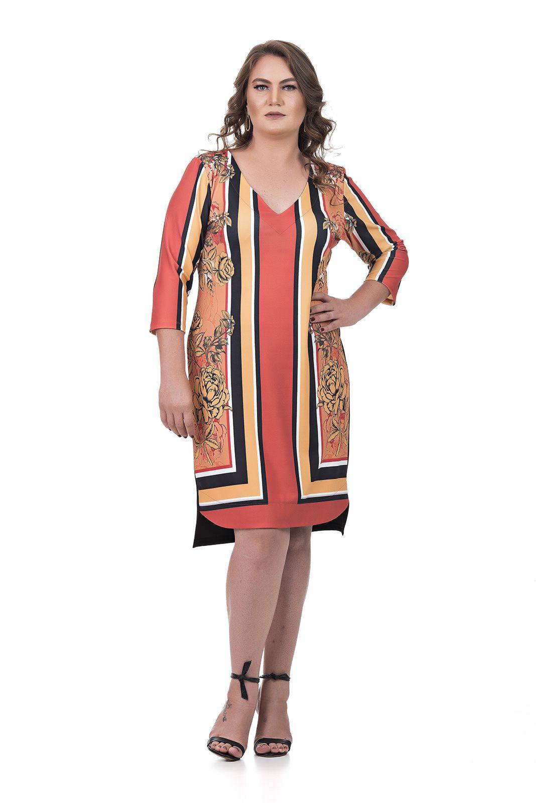 Vestido Curto Plus Size