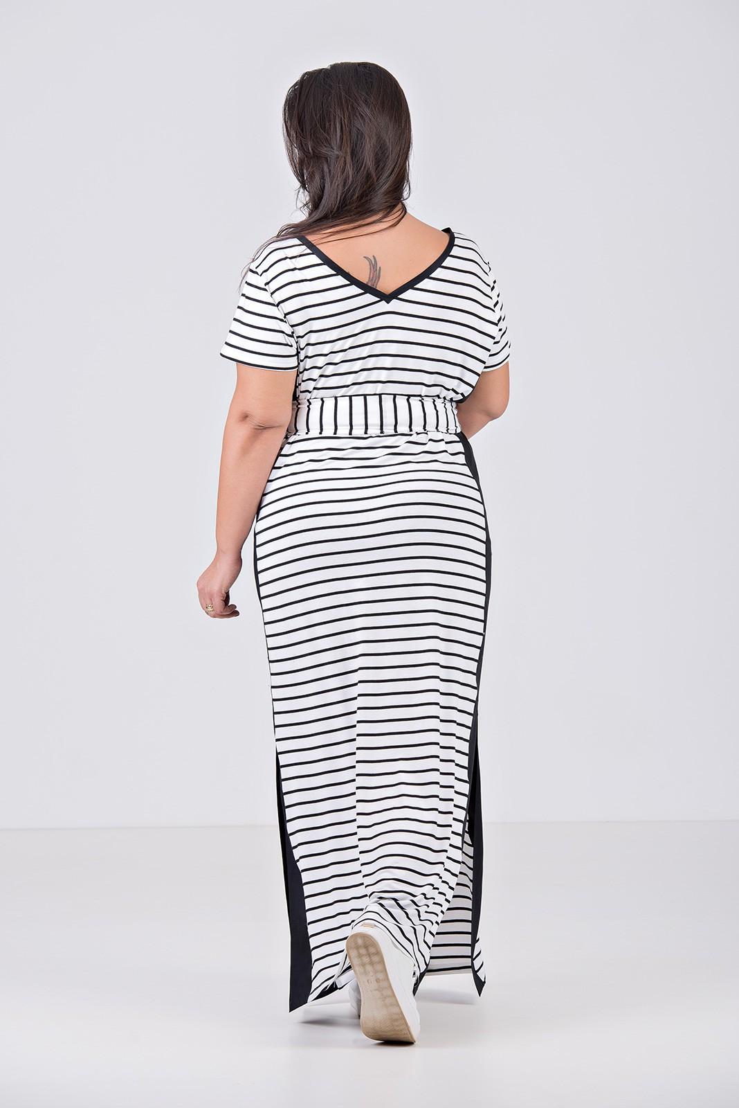 Vestido em malha fio tinto com detalhe em tricoline - Plus Size
