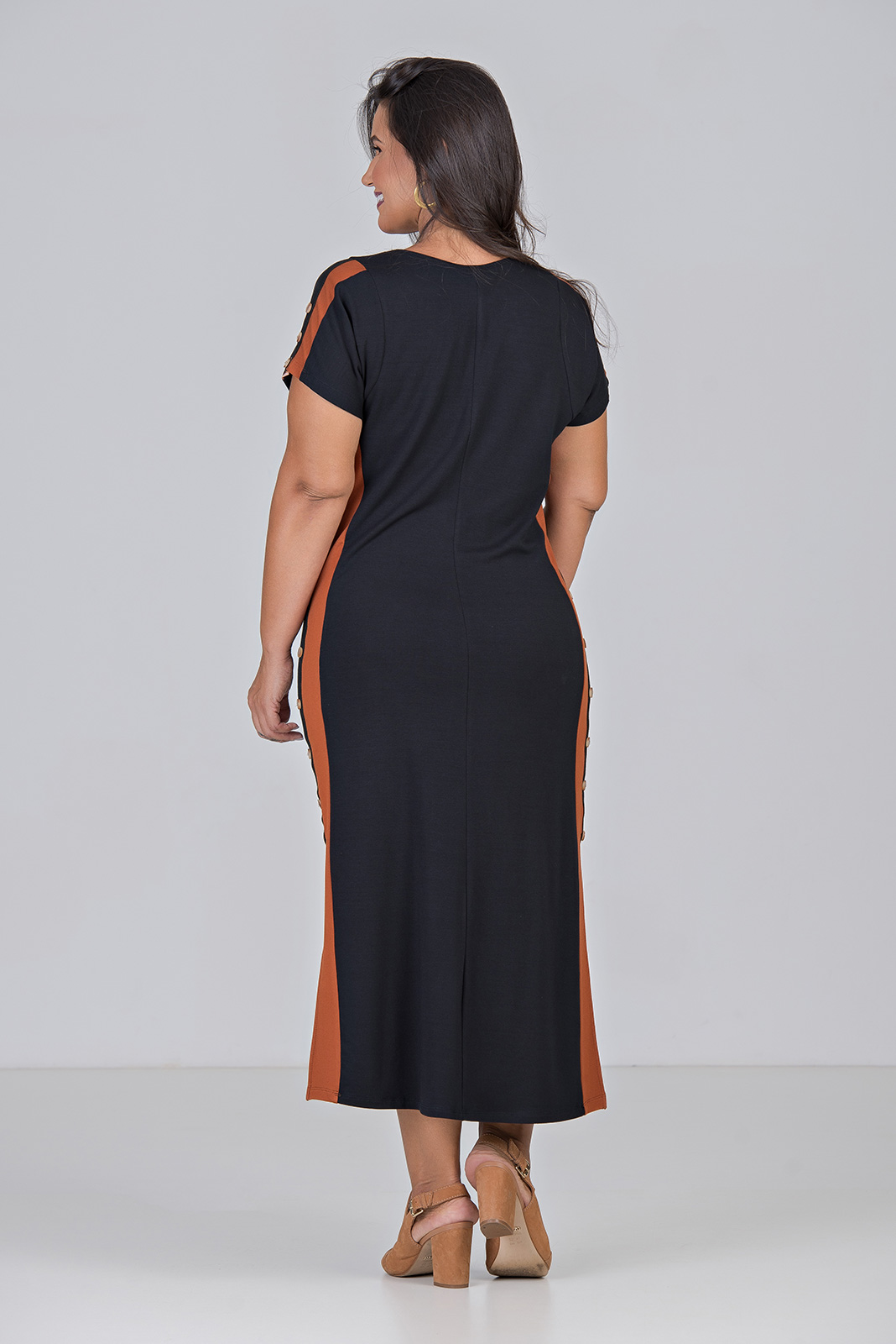 Vestido Midi em Malha Com Recortes - Plus Size