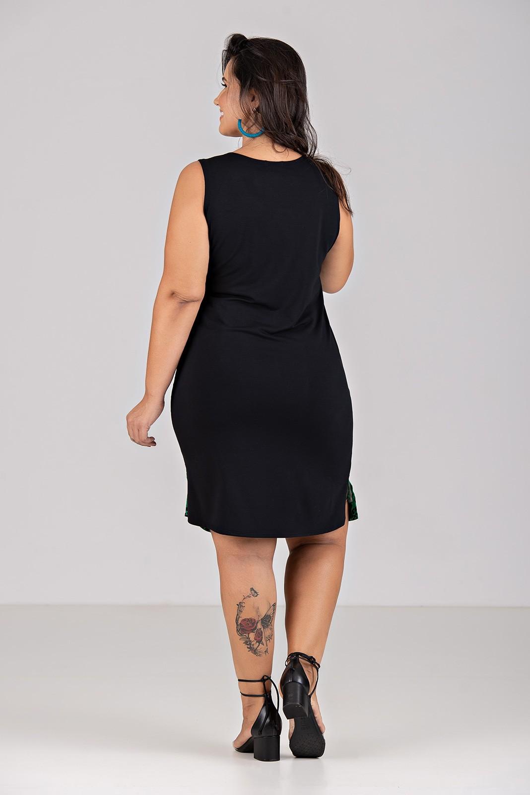 Vestido Plano Com Moletinho - Plus Size