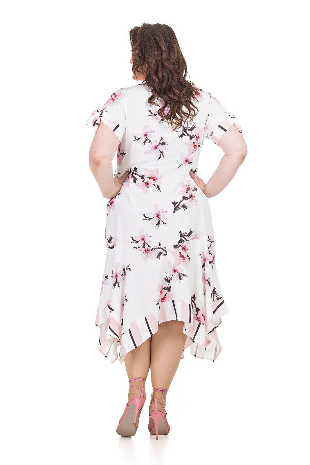 Vestido transpassado, barrado com bicos Plus Size