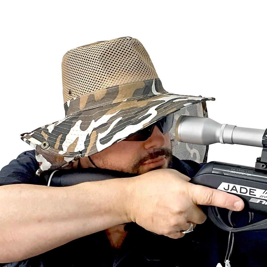 Chapéu camuflado para atirador
