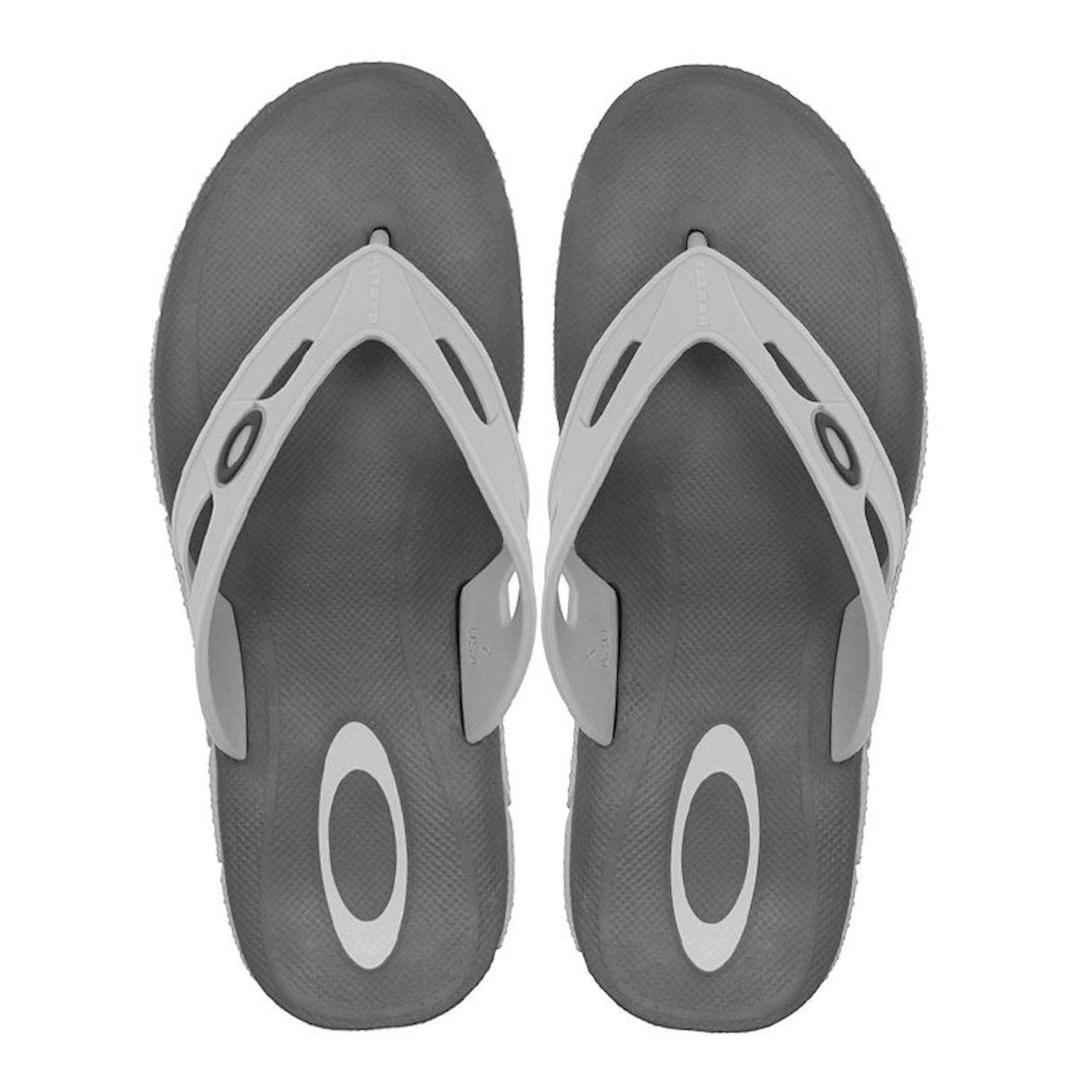 Chinelo Oakley Operative 3.0 Light Grey