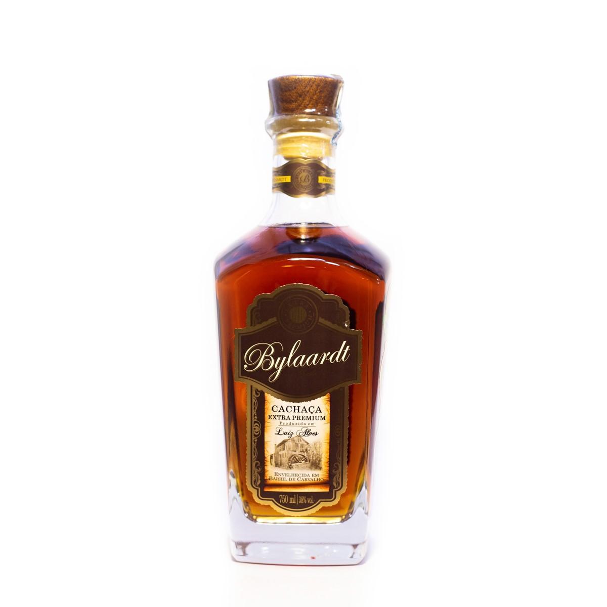 Cachaça Ouro Extra Premium - 18 anos - Bylaardt - 750 ml
