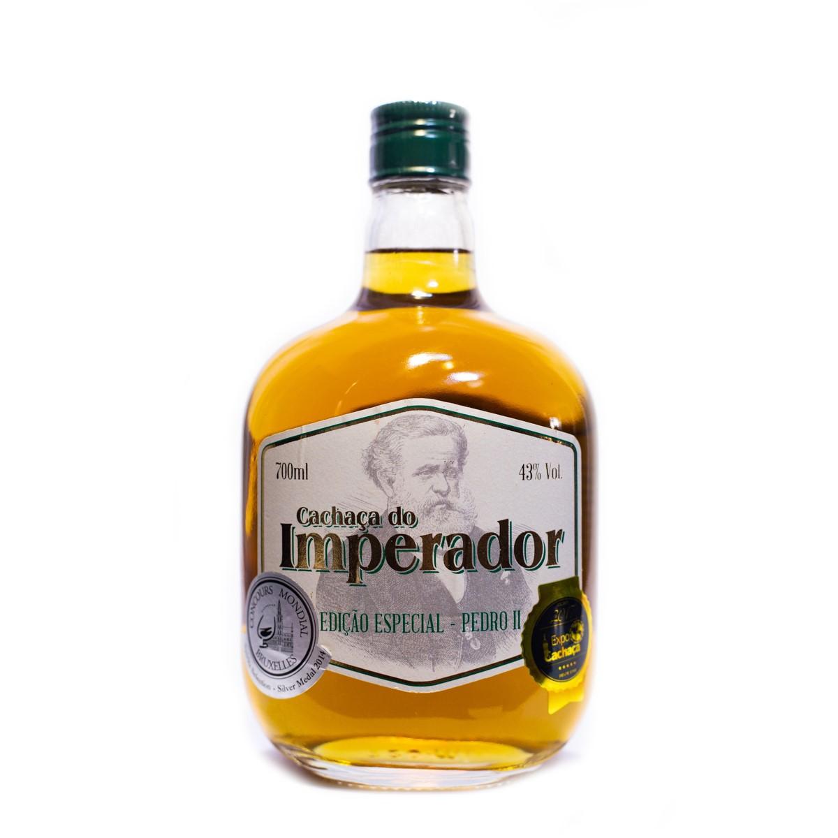 Cachaça Ouro - Extra Premium - 15 anos - Imperador - 700 ml