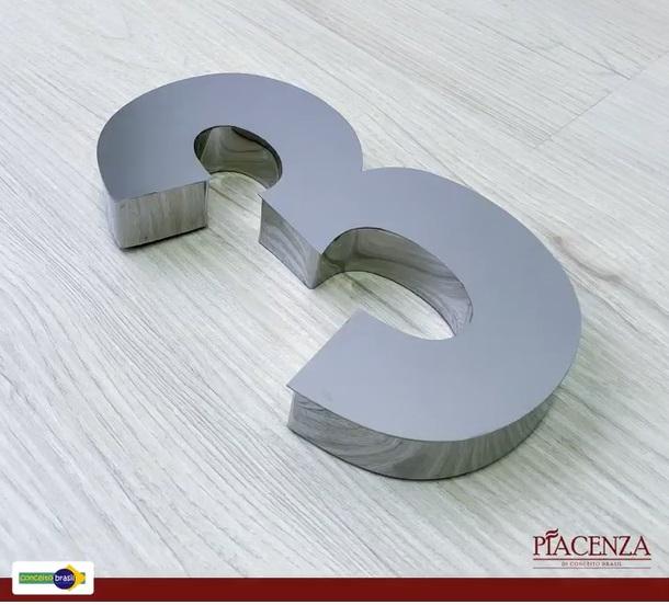 NÚMERO RESIDENCIAL INOX CROMADO - 20cm