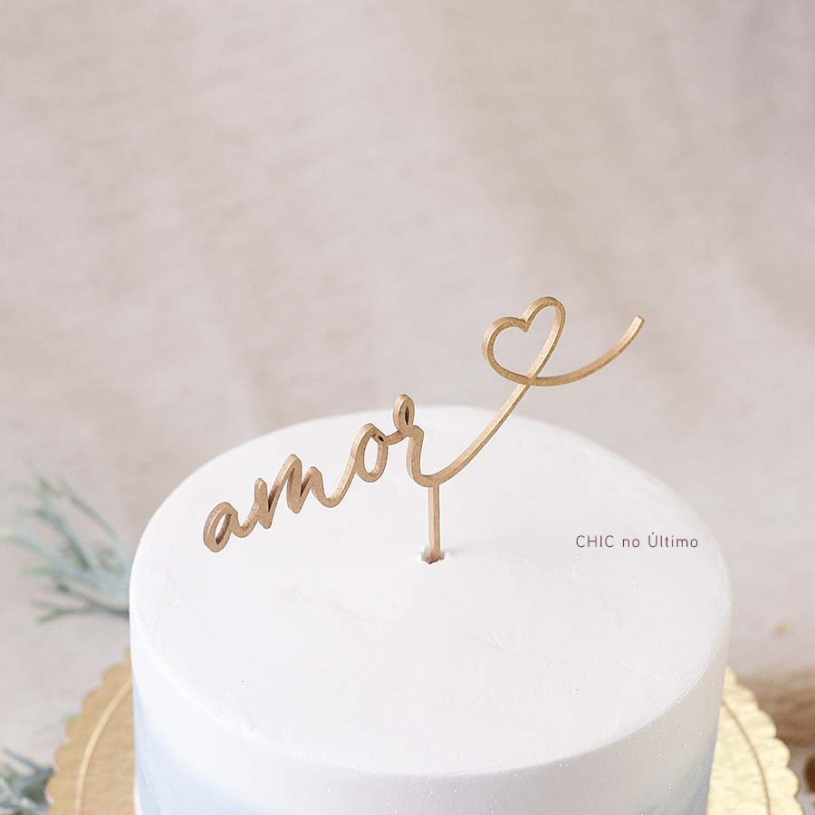 Amor - Topo de bolo de madeira