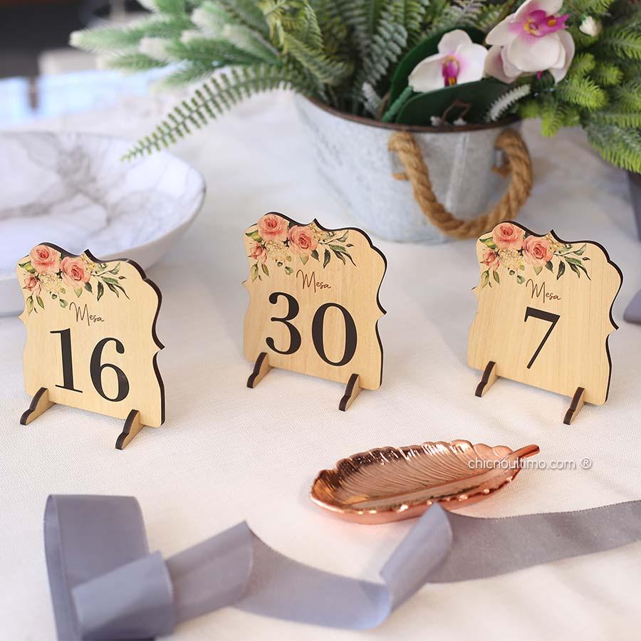 Blush - Numeração de mesa madeira