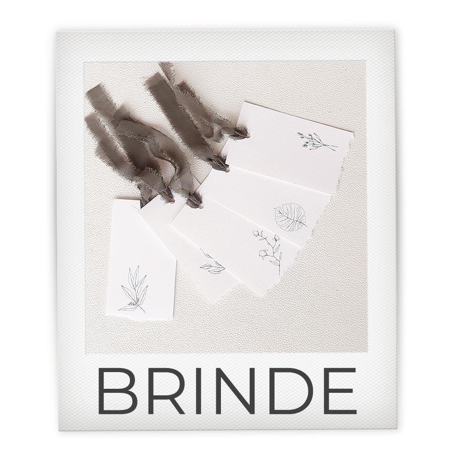 Brinde kit com tags
