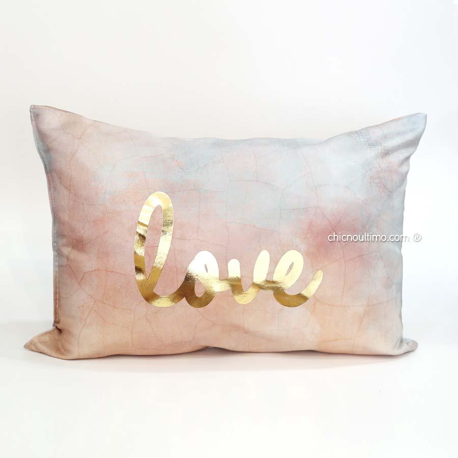 Capa de Almofada Love com foil