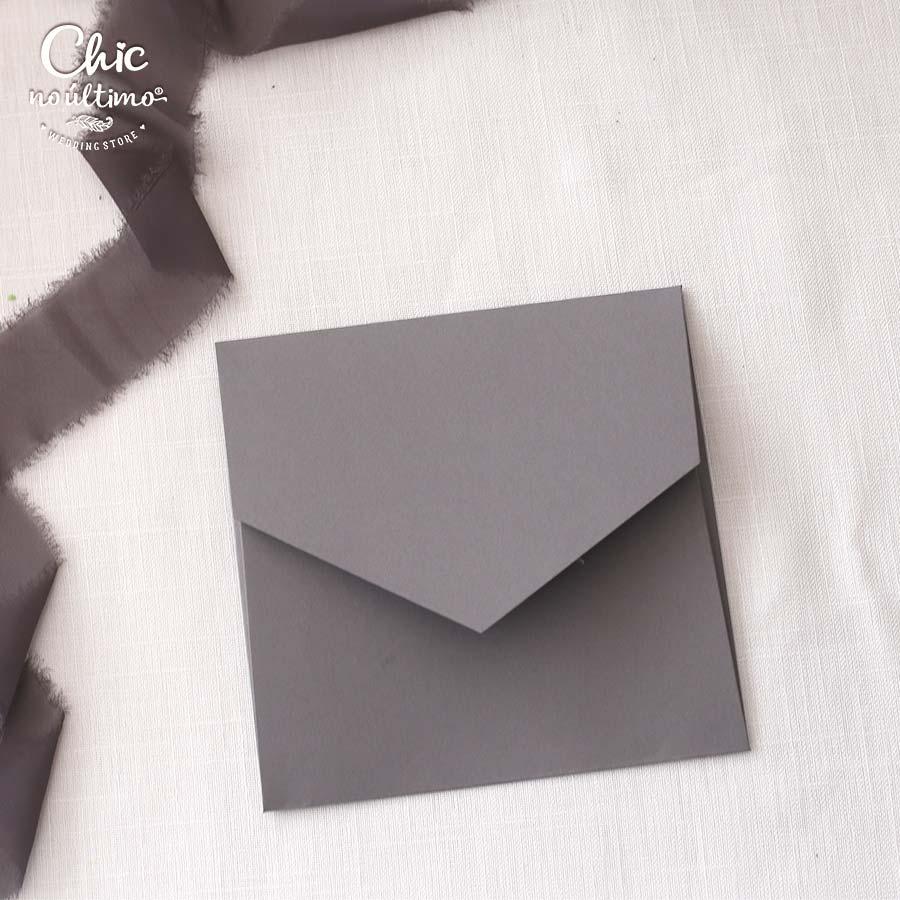 Envelope Chumbo - Quadrado M 17x17cm