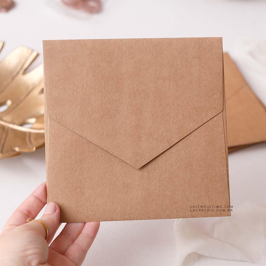 Envelope Kraft 250g - Quadrado M 17x17cm