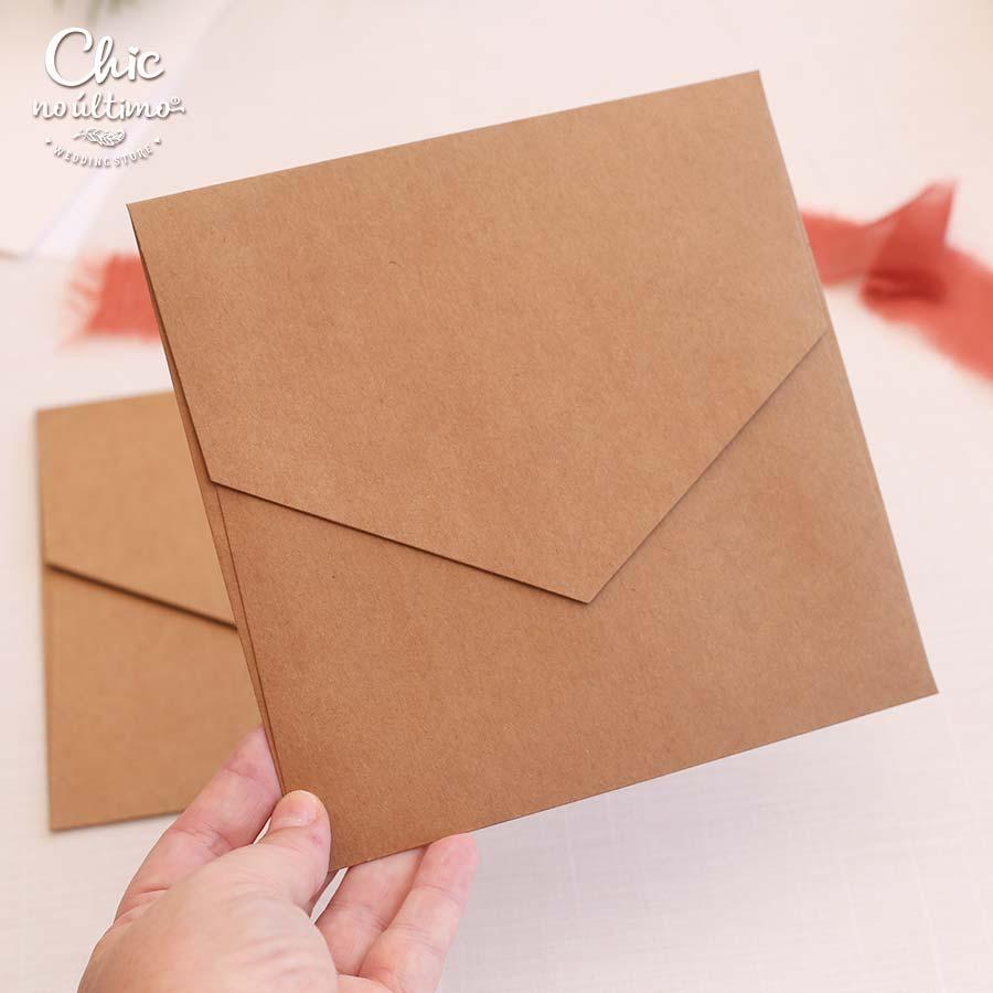 Envelope Kraft - Quadrado M 17x17cm