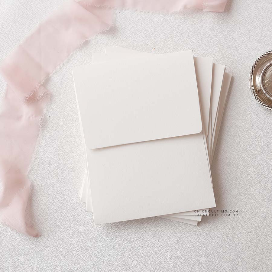 Envelope Offwhite 250g - Vertical M 16,5x21,5cm