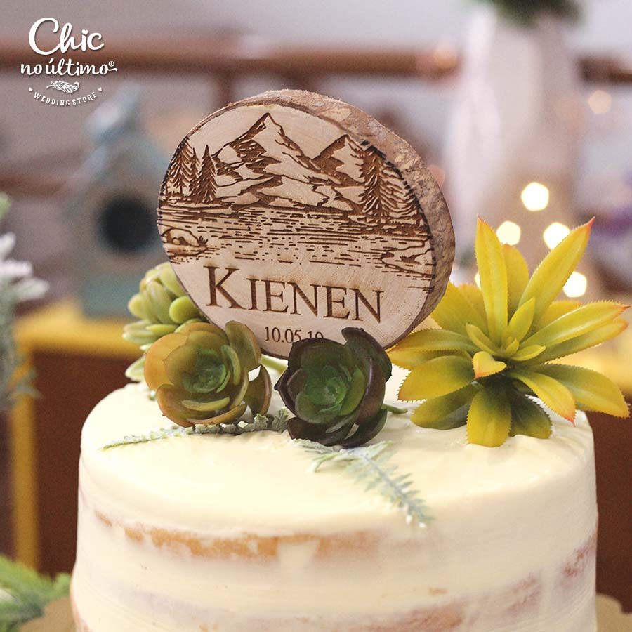 Montanha - Topo de bolo personalizado - tronco de madeira