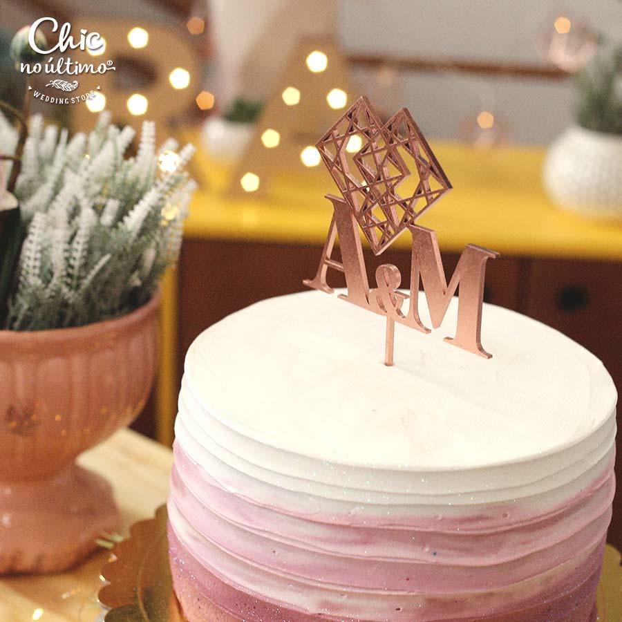 Nude - Topo de bolo personalizado de madeira