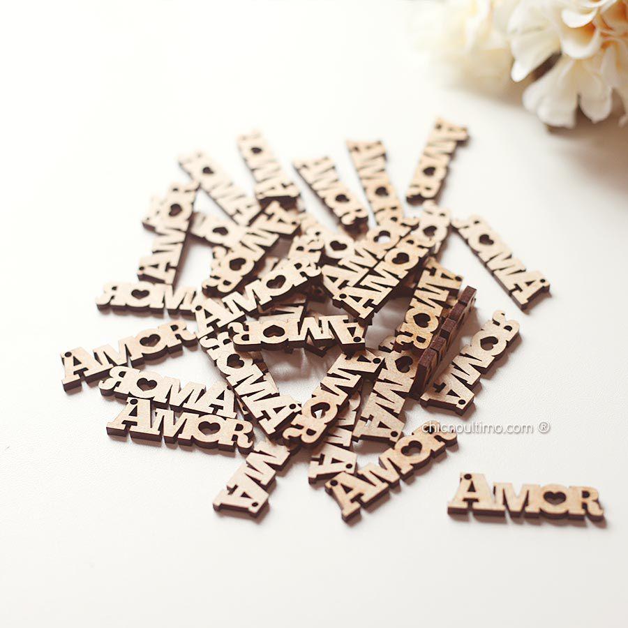 Pingente madeira Amor