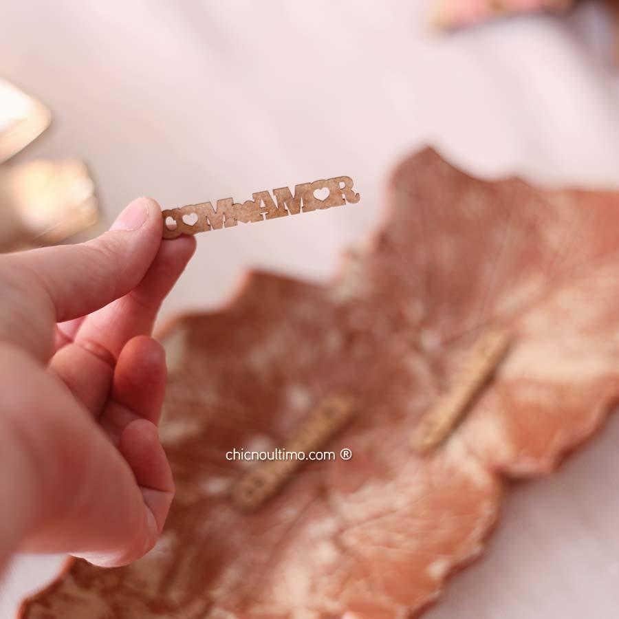 Pingente madeira Com Amor