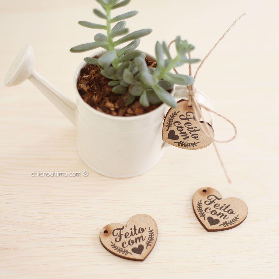 Pingente madeira - feito com amor