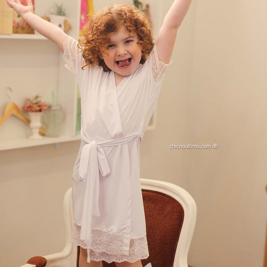 Robe Infantil liso branco com renda