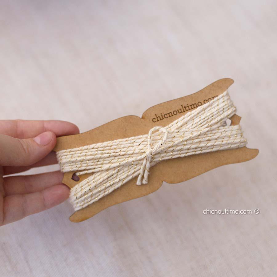 Rolo de fio rústico filete dourado