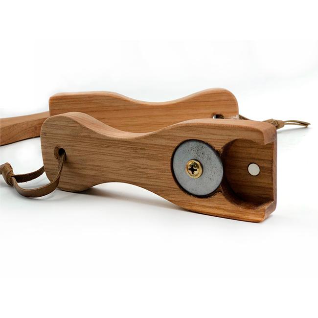 Abridor manual em madeira maciça - Cervejaria Wäls