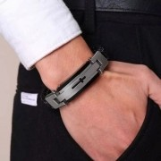 Pulseira Executiva Masculina Couro Bracelete Luxo Cruz Black