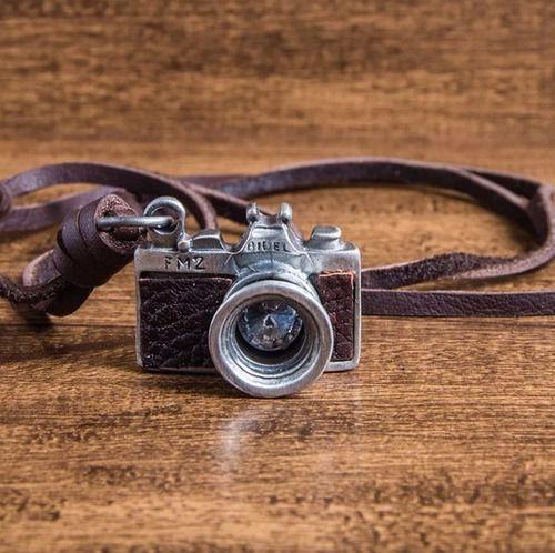 Colar Fotógrafo Original Câmera Maquina Fotográfica Couro Pu