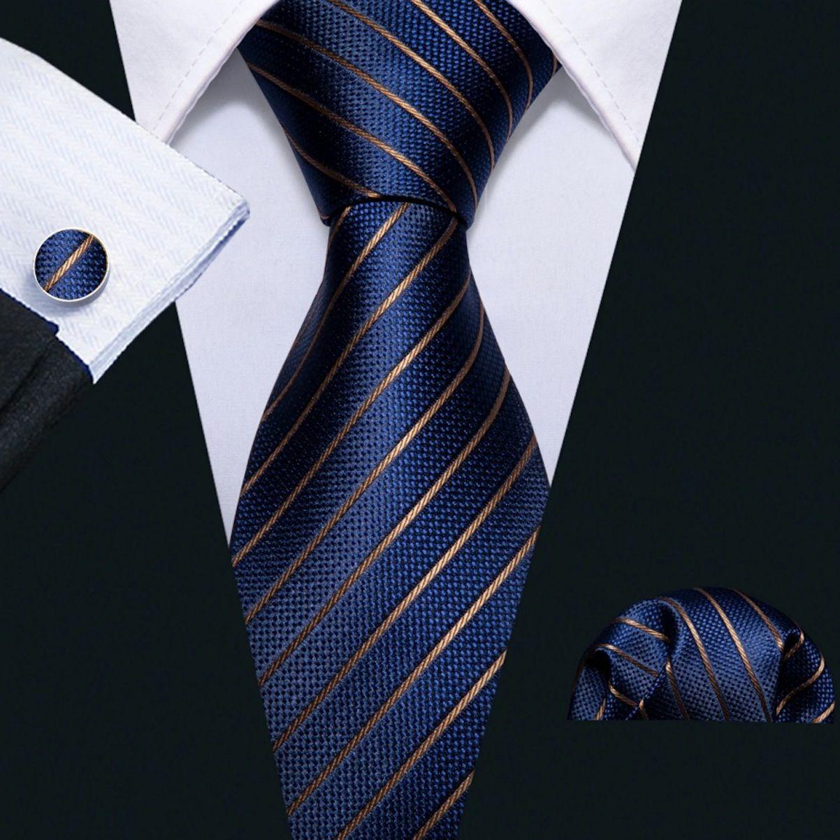 Kit Gravata Seda Azul Marinho Listras Dourada +lenço +bots