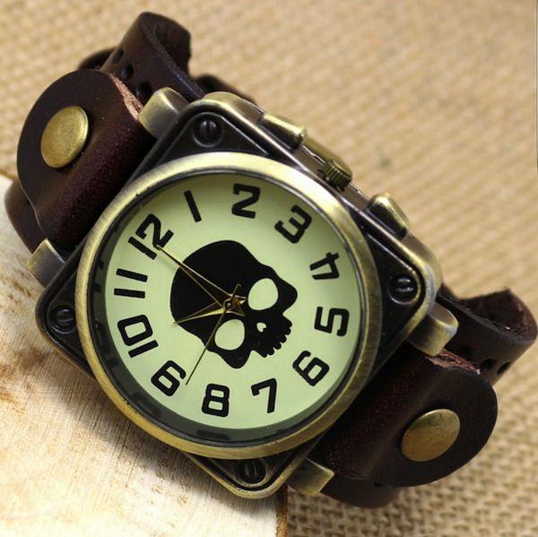 Relógio Masculino Caveira Vintage Retrô Pulseira de Couro