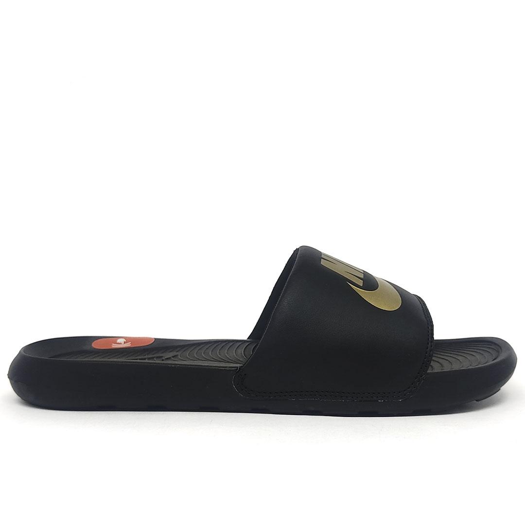 Chinelo Nike Victori One Slide CN9675