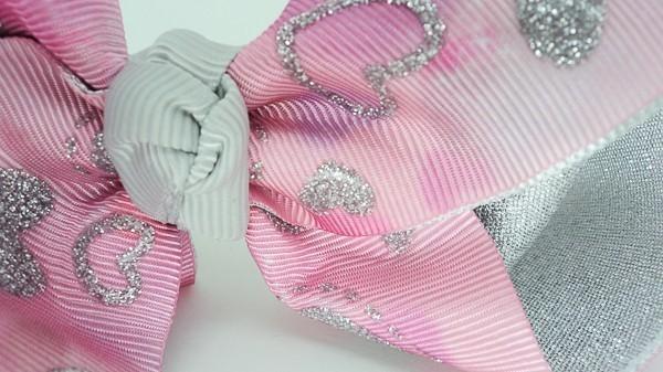Laço Bico de Pato Rosa Coração