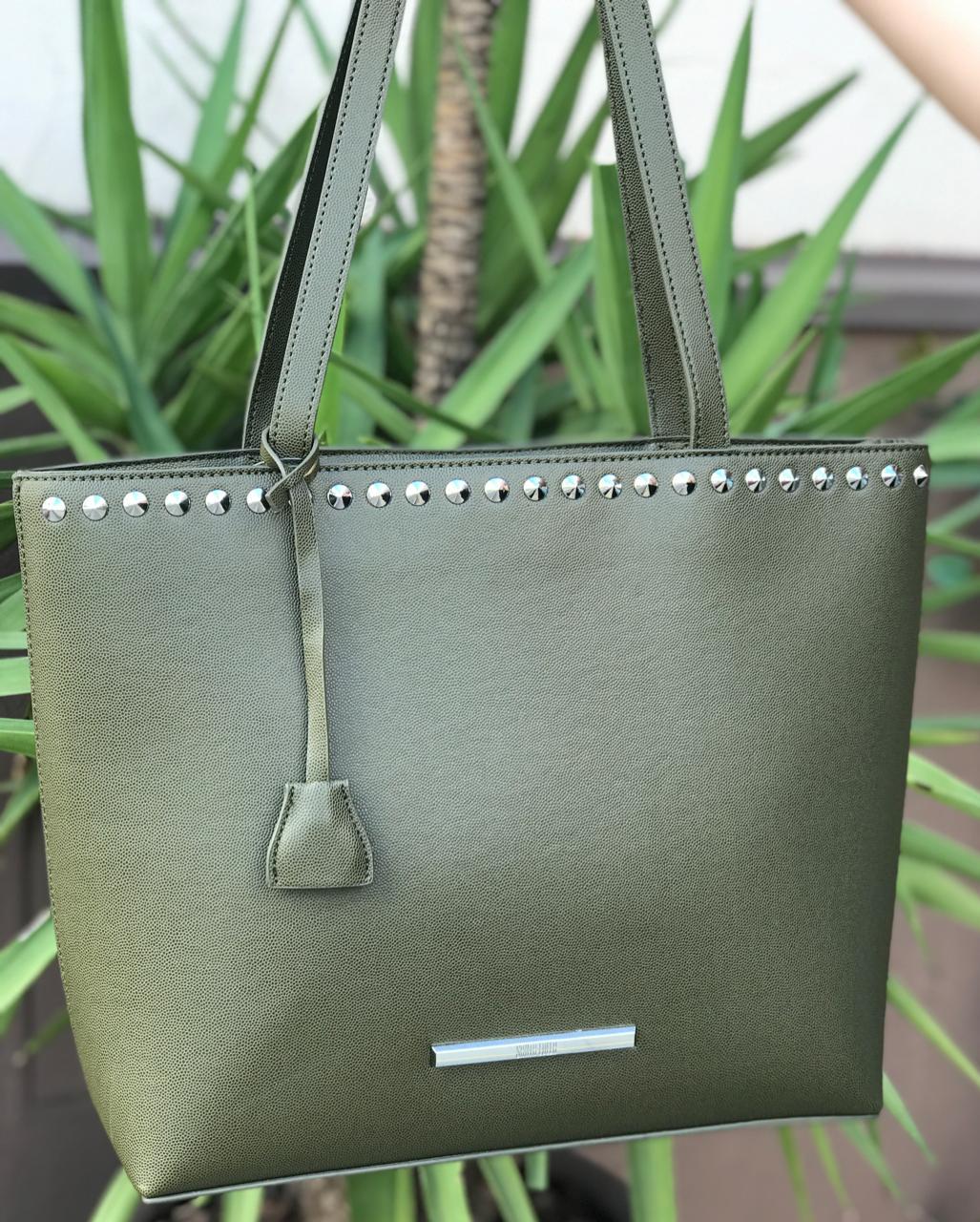 Bolsa Shopper Tachas Verde Santa Lolla 0459.2c5b.01ed