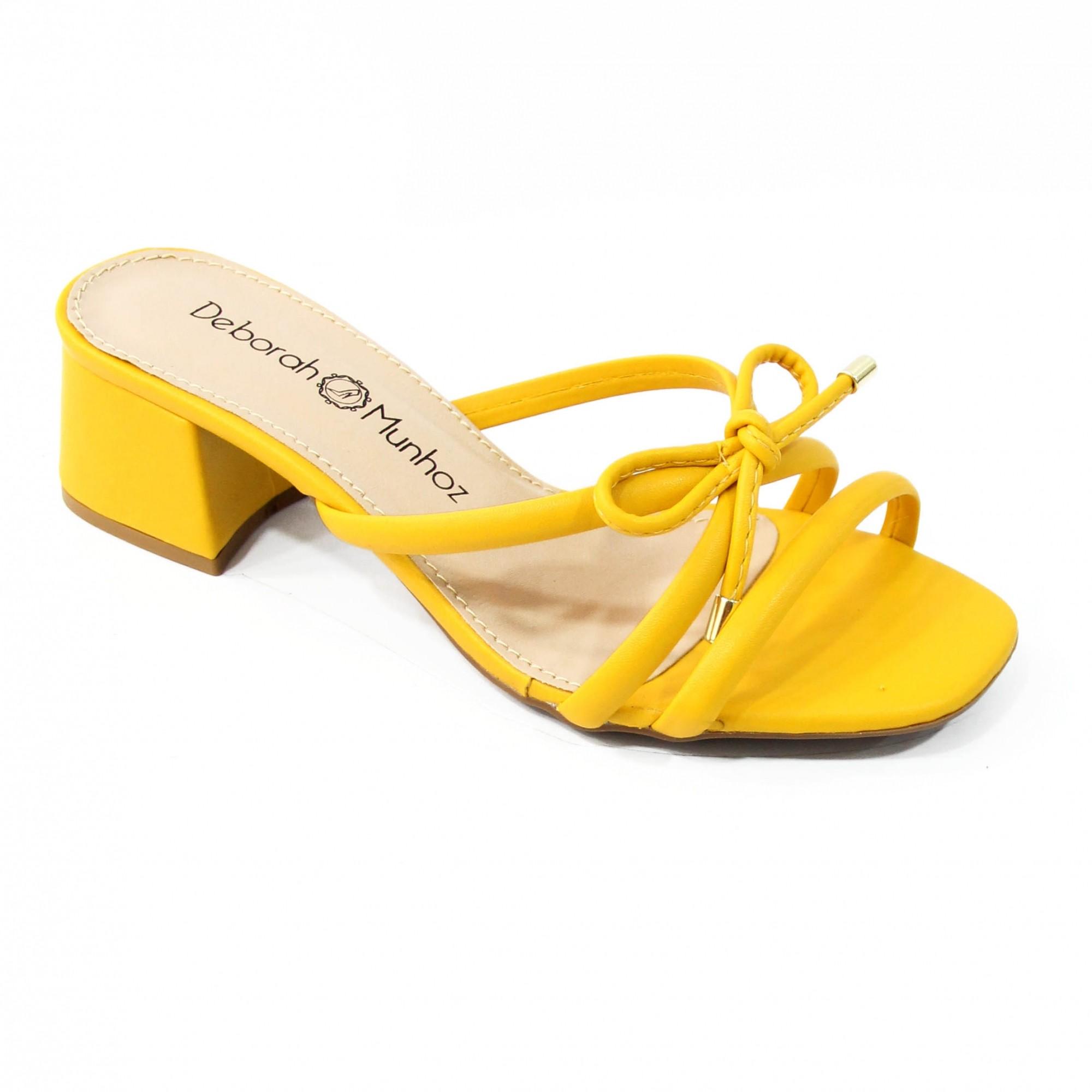 Tamanco Bibi Amarelo by Deborah Munhoz