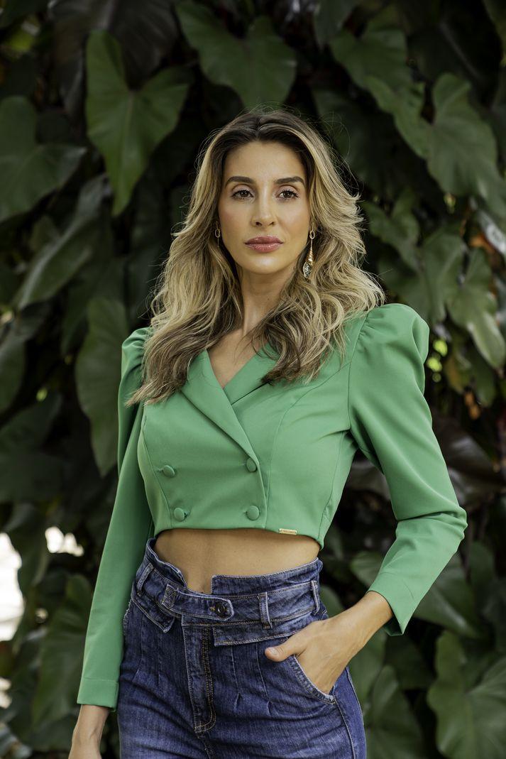 [PRÉ-VENDA] Blazer Feminino Cropped Botões Encapado - Contra Sensura (Verde)