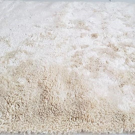 Tapete Art Shaggy Ivory, Marfim, Lã de Seda 30mm 1,50 x 2,00m