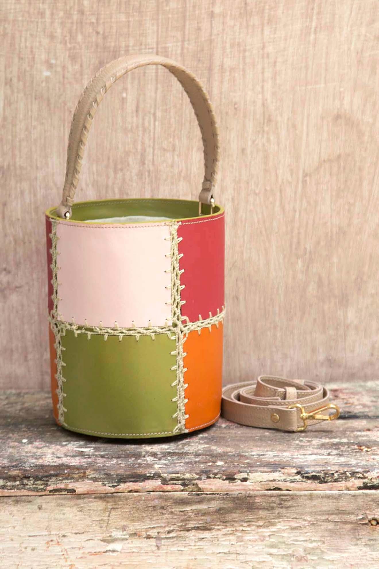 Bolsa Bucket Jeri Mix Color